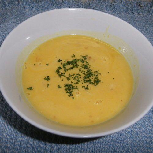 マグカップと冷凍カボチャですぐにあったかスープ。朝食にもピッタリです。カボチャスープ[洋食/シチュー・スープ]2014.01.30公開のレシピです。