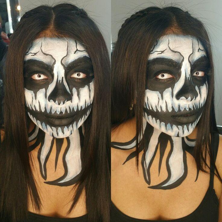 💀CATRINA💀 Maquillaje de Caracterización para mi bella @angeles_974 en su pasarela de Halloween 🎃 para CN Modelos. Con maquillajes de @mehronmakeup Citas al📱0995191043 / 0987266777 #giginaulamakeup #makeup #halloween2017 #maquillajeprofesional #maquillajeecuador #makeupecuador  #makeupfantasy #cnmodelos #runway #models #facepaint #catrina #skull #calabera #skeleton #makeupartist #mehron  #mehronmakeup #morphebrushes #nyxcosmetics #makeupadddict #makeupartistworldwide #makeuplover