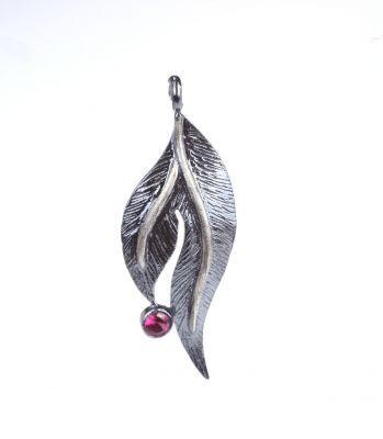 925 Ayar Gümüş Kırmızı Taşlı Yaprak Kolye Ucu