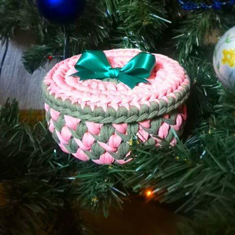Подготовка новогодних подарков продолжается))) #crochet#uniguegifts#hendmeid#hendmade#hendmadeoriginal#viazanie_kriuchom#вяжутнетолькобабушки#вяжутнетолькобабушкиноимамочки#это_ярнитка#вязаниекрючком#люблювязатькрючком#34petelki#