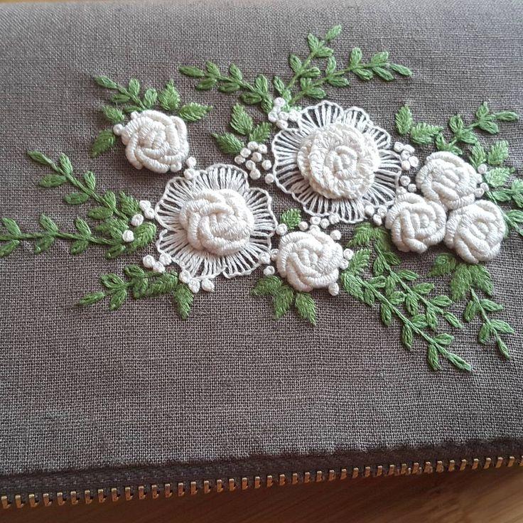 장지갑만들기 #꽃자수 #자수기법 #블리온 #캐스트온스티치 #자수타그램 #예쁘게 #프랑스자수 #embroidery #handembroidery #sewing #자수지갑 #자수장지갑