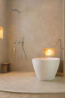 Beton Ciré in de badkamer op wand en vloer geeft een prachtig strak maar sfeervol resultaat! Foto op locatie ViaeStudio