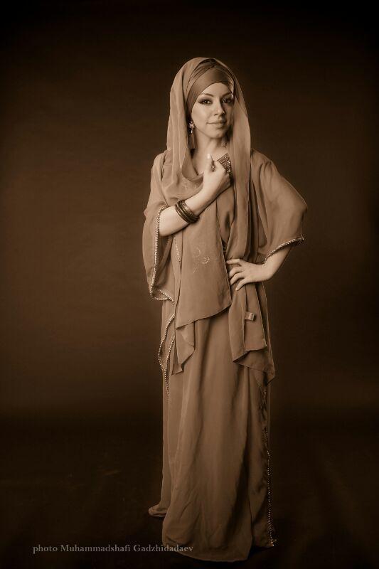 Лаурита певица