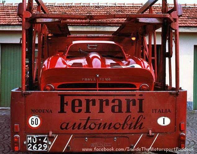 1965 Monza, 1000 km, paddock, SpA Ferrari SEFAC transporter with the Ferrari 330 P2 nr62 (Bandini-Vacarella)  Plus de découvertes sur Le Blog des Tendances.fr #tendance #voiture #bateau #blogueur