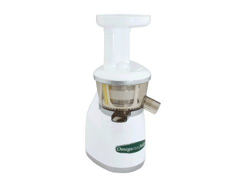 Masticating juicer with 2-horsepower-equivalent single-phase induction motor Dual-stage juicing system; auto pulp-ejection for continuous juicing; reverse mode Low rotation speed of 80 RPMs means minimal heat build up for healthier results