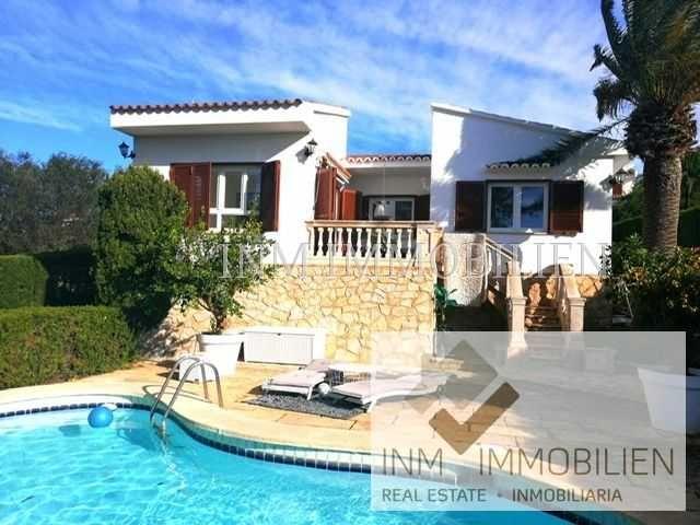 Llucmajor Vermietung Modernisiertes 150m Chalet Mit 4 Zimmern Und Pool Zur Miete 2400 Eur Pro Monat Ll Immobilien Mallorca Immobilien Finca Auf Mallorca