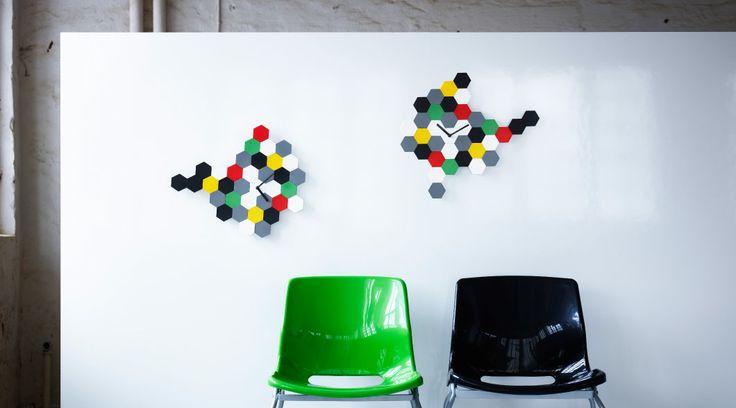 SMYCKE multicoloured wall clocks