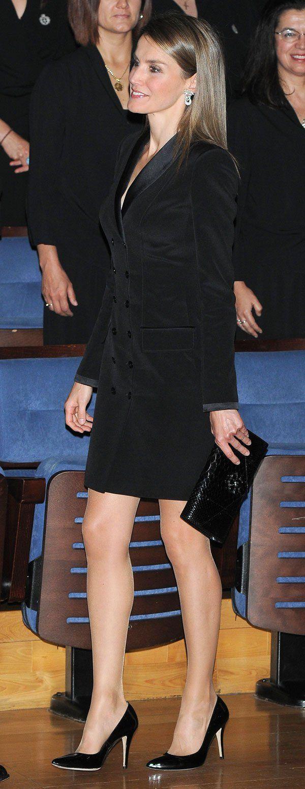 Letizia Premios Príncipe de Asturias 2013 traje felipe varela