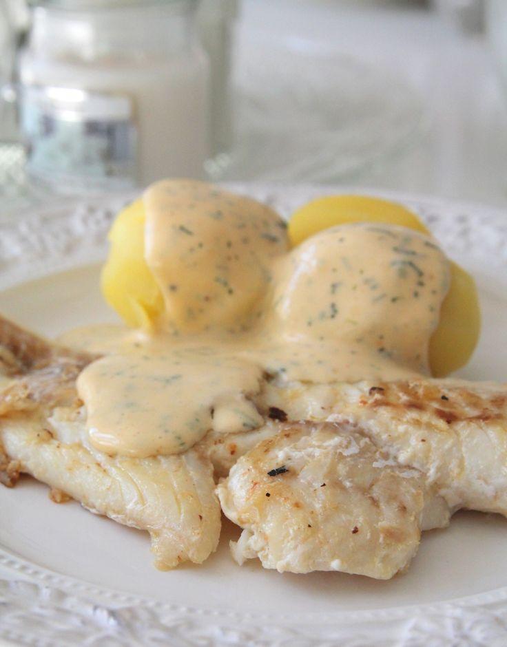 Smörstekt torsk med färskpotatis och dillsås - Jennys Matblogg