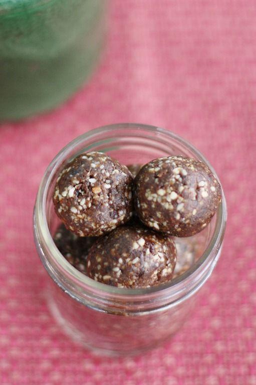 Raisin Almond Balls with Blackstrap Molasses: High Raw, Vegan Snacking with an Iron Boost
