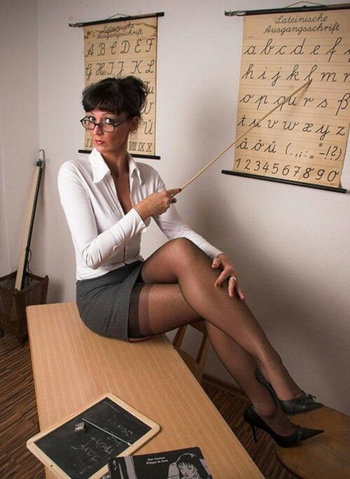 79 Best Images About The Ladies Teachers On Pinterest  Bad Teacher, Sexy Hot And Sexy-7588