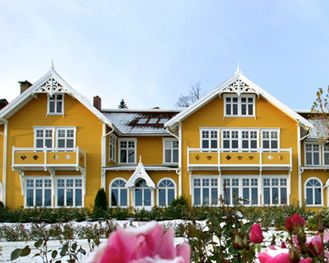 Solstrand Hotel is our recommended hotel south of Bergen. Excellent location, excellent service and good food.