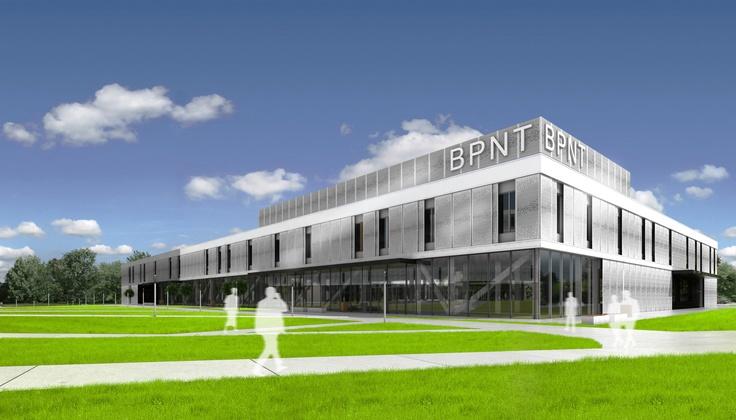 Budynek Centrum Technologicznego będzie dwukondygnacyjny. Na parterze zlokalizowana będzie część administracyjna, specjalistyczne laboratoria, Centrum Przetwarzania Danych oraz część biurowa z powierzchniami do wynajęcia, natomiast całe pierwsze piętro przeznaczone będzie na biura pod wynajem.