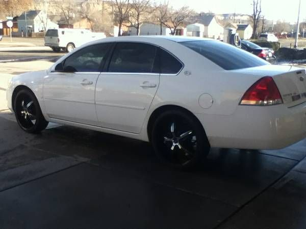 Make:  Chevrolet Model:  Impala Year:  2006 Exterior Color: White Interior Color: Gray Doors: Four Door Vehicle Condition: Good Phone:     480-521-5085   For More Info Visit; http://UnitedCarExchange.com/a1/2006-Chevrolet-Impala-380625347262