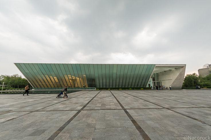 Museo Universitario Arte Contemporáneo [[MORE]]Universidad Nacional Autónoma de México (UNAM) Arquitecto: Teodoro González de León Dirección: Escolar, Ciudad Universitaria, Coyoacán, 04350 Ciudad de...