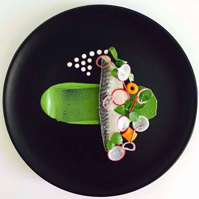 Summer has come and passed The innocent can never last Wake me up when September ends Pickle mackerel & pea purée with fresh thyme and radishes. Incredible dish by @myfrenchchef #GourmetArtistry