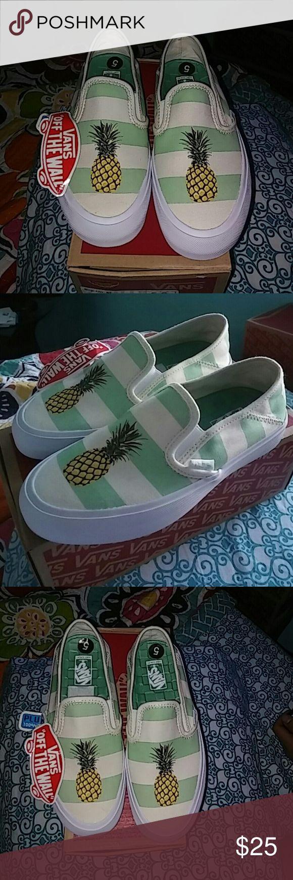 Sale !!!  Nib womens pineapple vans This is a new pair of women's size 5 slip-on pineapple vans super cute last $$$ Vans Shoes