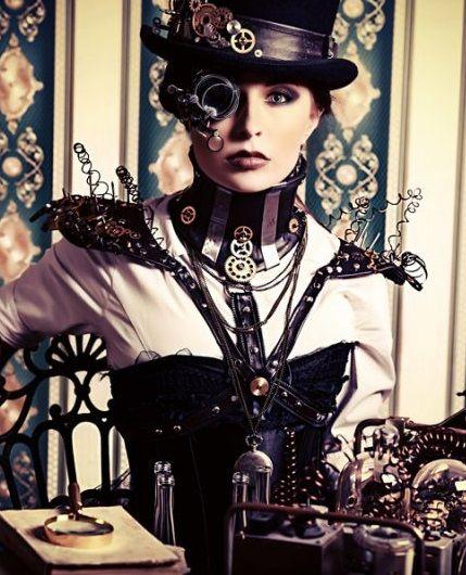 Même s'il est un peu étrange, ce style est l'une des principales tendances de la mode des bijoux anciens. De plus, son style théâtral et scandaleux de grotesques combine avec la philosophie multidimensionnelle de l'époque victorienne...    http://tendancesbijoux.com/bijoux-steampunk-cocktail-victorien-cyberpunk/