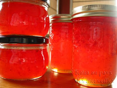 Gelée de pommes au poivron rouge et jalapeno