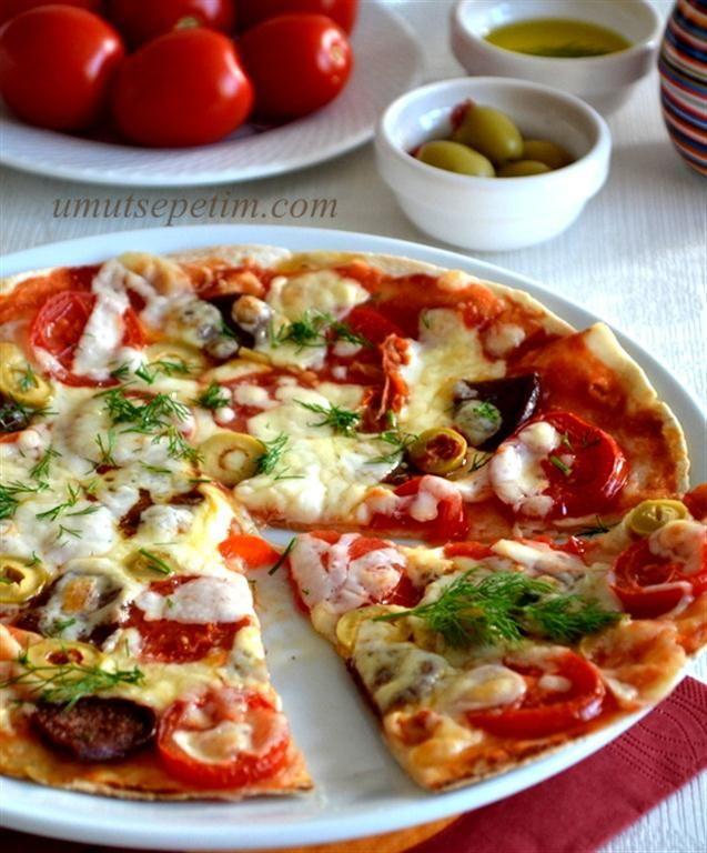 lavaş pizza tarifi (tavada)