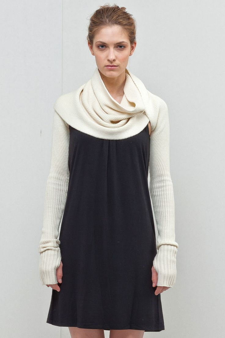 Seriously looks like a super extended version of the one shrug I saw on the Purl Bee.... Love it, could totally knit this!