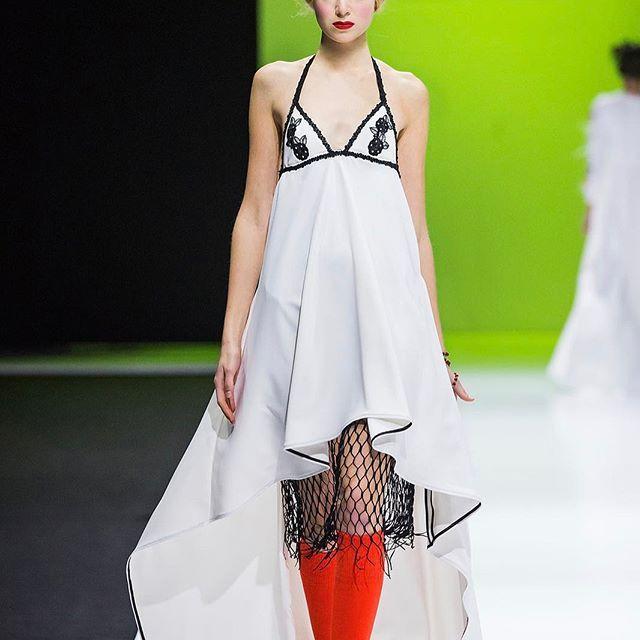 #Kuteiko весна-лето 2017, Неделя моды в Москве.    #платье #белоеплатье #вечернееплатье #коктейльноеплатье #гламур #джерси #наряд #дизайнерскоеплатье #дизайнерскаяодежда #мода #стиль #стайлинг #девушка #секси #moda #lamoda #mode #fashion #donna #bella #bebe #styling #fashiondesign #dress #whitedress #shopping