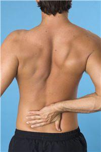 """""""Dans le cas de problème de douleurs liées à l'inflammation comme les polyarthrites rhumatoïdes, les spondylarthrites, les tendinites, l'arthrose mais aussi les douleurs lombaires... La propolis est anesthésiante et anti-inflammatoire donc calme la douleur lorsqu'on badigeonne les articulations avec de la teinture"""", indique Francoise Sauvager."""