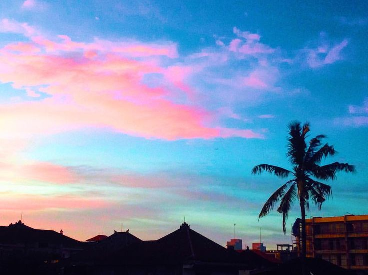 IRTHE J0GANG (@irthejogang): 'Cotton candy sunsets @ Island of the Gods 🍬🍭🌏' #sunset #bali #sky #cottoncandy #indonesia