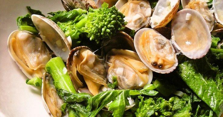 菜の花とあさりのバター蒸し by ルクルーゼ☆ [クックパッド] 簡単おいしいみんなのレシピが264万品