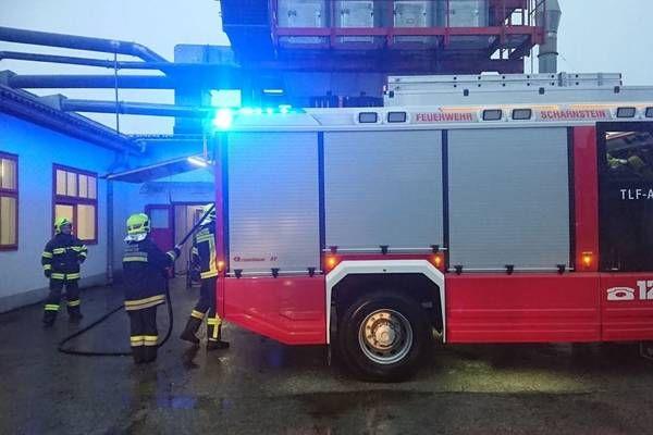 Scharnstein: Feuerwehr bei Kleinbrand bei Späneabsaugung im Einsatz