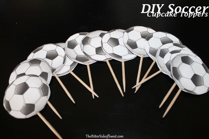 soccer ball cupcakes - Google Search Cake toppers would offer a nice graphic and don't have to be so good at making the balls.