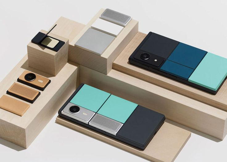 Google has demonstrated a current prototype of its modular smartphone Project Ara.