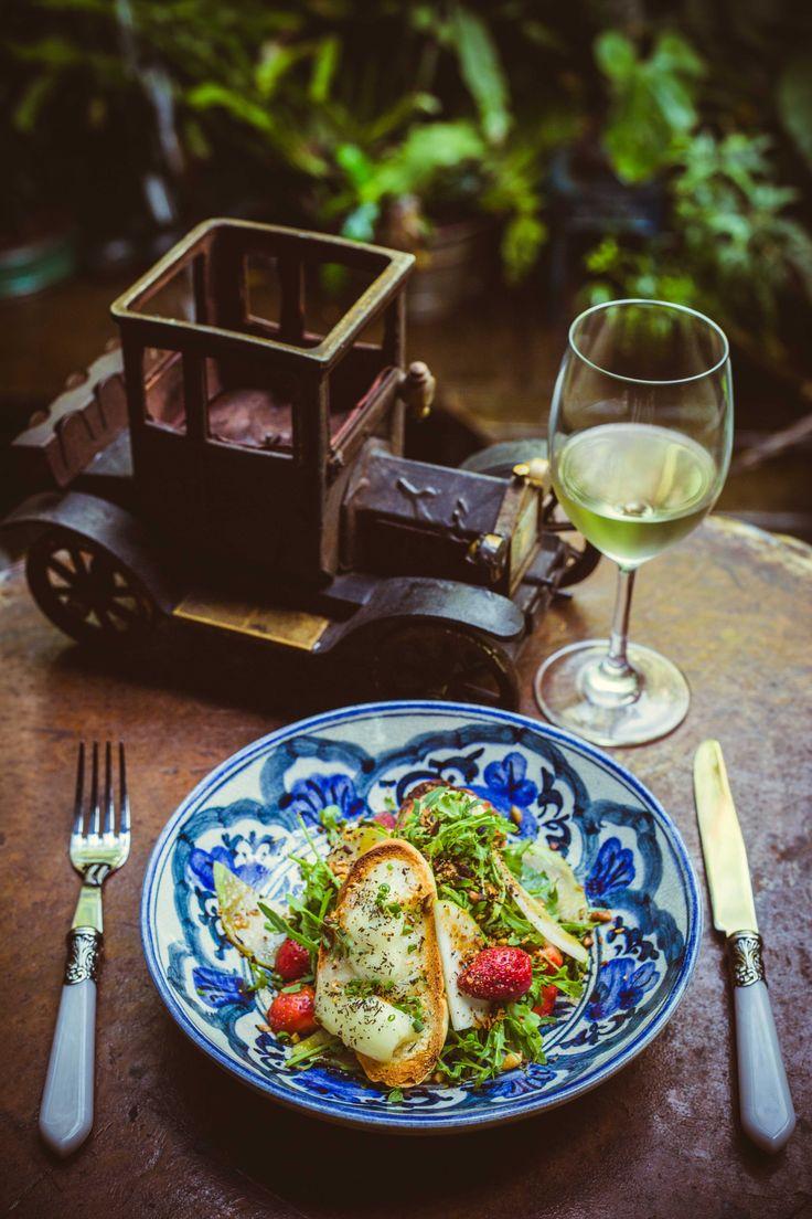 #bali #bar #restaurant #balibar #balirestaurant #deco #lunch #dinner #lafavela #lafavelabali