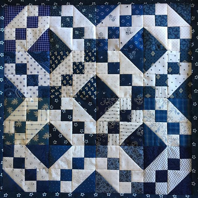 Heike Schneider On Instagram 16 Railroad Blocks Joined Plus A Narrow Border But There Will Be More Borders Quilt Quilt Patterns Civil War Quilt Quilts