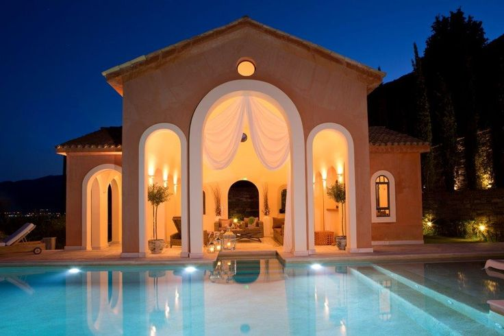 Located at the edge of the hill, in Perigiali of #Lefkada, Villa Veneziano exudes the air of Venetian Ionian. http://www.tresorhotels.com/en/hotels/60/villa-veneziano