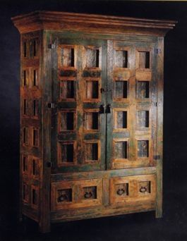 Yes please, love this spanish cabinet