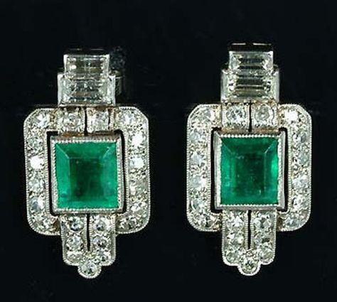 Art Deco Emerald & Diamond Earrings 1925. So grand!