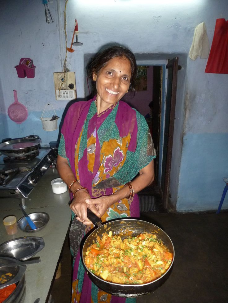 Sashi -runs an excellent cooking class in Udaipur