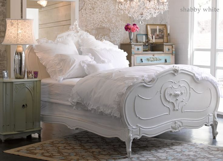 Shabby Chic Shabby WhiteDecor, Dreams Bedrooms, Guest Room, White Beds, White Bedrooms, Beds Frames, Shabbychic, Shabby Chic Bedrooms, White Room