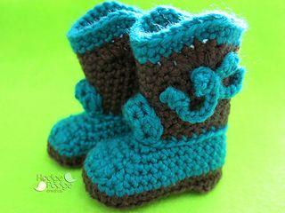 Free crochet pattern - baby cowboy booties!