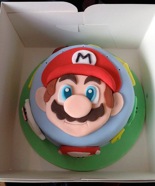 Super Mario cake by barbadosslim