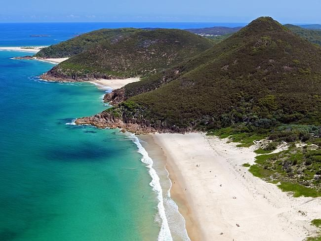 """Zenith Beach, Port Stephens, New South Wales, Australia. We can see why they called this beach """"zenith"""", it really is a slice of heaven, in Australia. And it's a lot more secluded than other beaches in the area."""