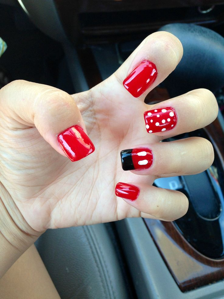 Mickey Mouse nails! #disney #world #nails