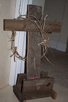 Keeping Jesus in Easter: Suppers Ideas, Holy Weeks, Easter Traditional, Easter Spr, Families Traditional, Easter Decor, Crosses, Great Ideas, Easter Ideas