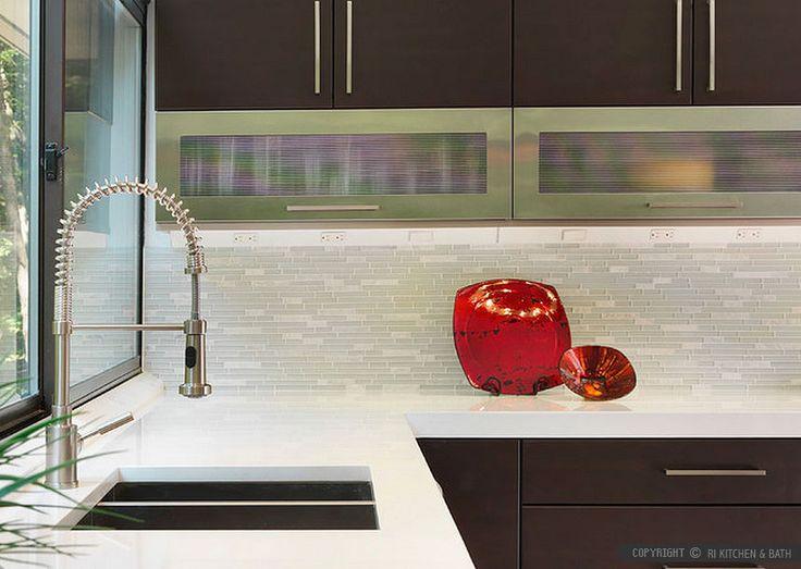 Modern Brown Cabinets White Marble Glass Kitchen Backsplash