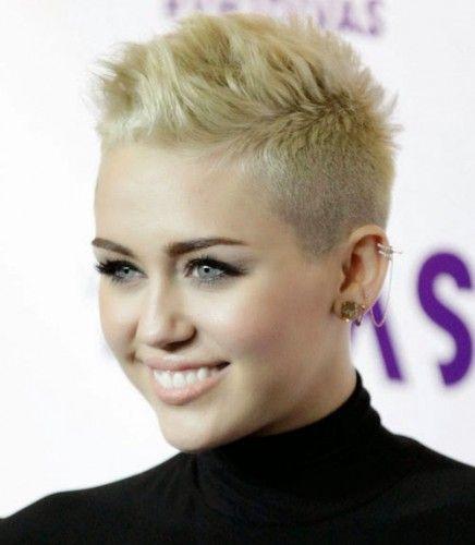 Neue Sehr Kurze Frisuren für Frau 2015