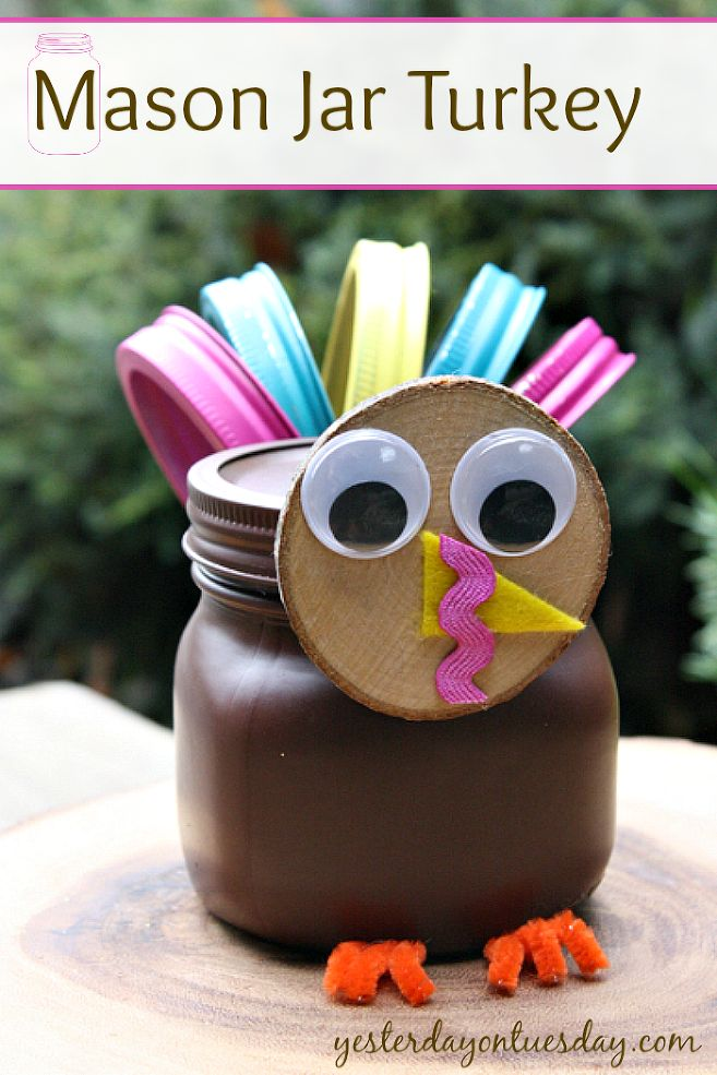 Mason Jar Turkey - This Mason Jar Turkey craft is cute, cheap and easy. This is a great way to add a touch of whimsy to your Thanksgiving decor. Or give thanks…