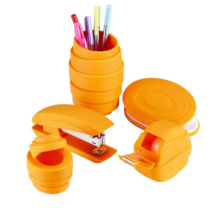 I want to chuck out my old stationery and bring in the new bright and beautiful pieces from this set. Just what I need to add colour and fun into my workspace.