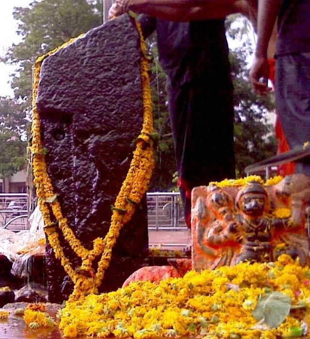 The Doorless Village: Shani Shingnapur