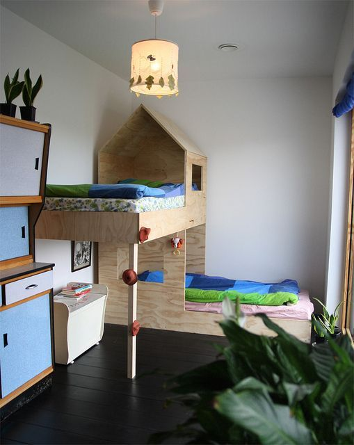 cool built in bunks // kids rooms